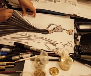 drawing, fashion, and glitter image