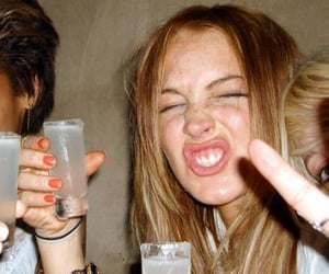 lindsay lohan and drunk image