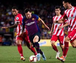 Barcelona, lionel messi, and sepak bola image