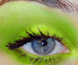 green and glossy image