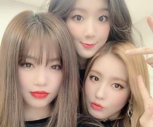 soojin, miyeon, and gidle image