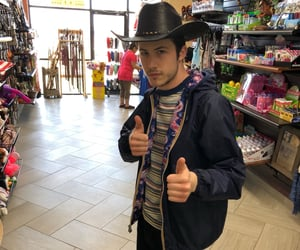 actor and dylan minnette image