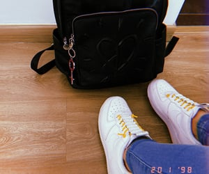 air force one, nike, and tenis image