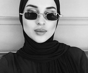 aesthetic, contour, and hijab image