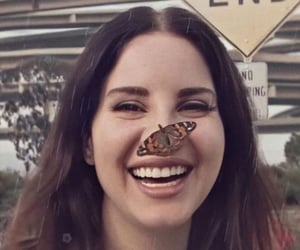 lana del rey and butterfly image