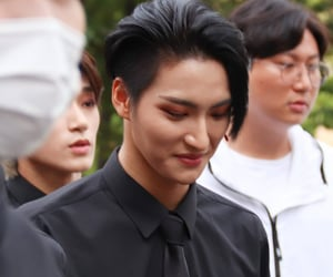 k-pop, seonghwa, and hongjoong image