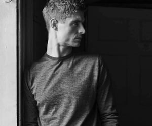outtakes and max irons image