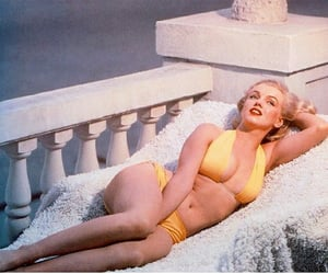 Marilyn Monroe, beauty, and bikini image