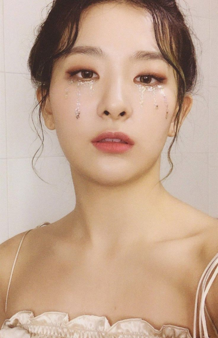 Seulgi Psycho Photoshoot Shared By Momo S Daughter