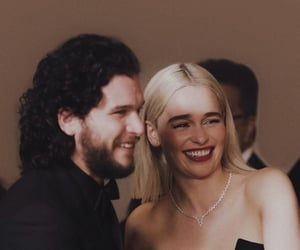 game of thrones, emilia clarke, and smile image