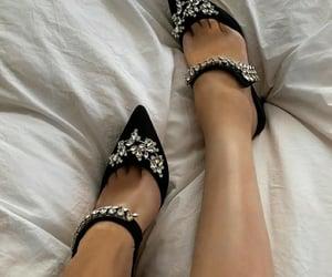 black shoes, girl, and salto alto preto image