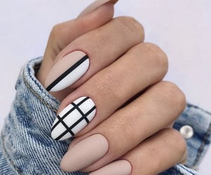 black, girl, and nail art image