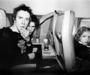 sid vicious, sex pistols, and johnny rotten image