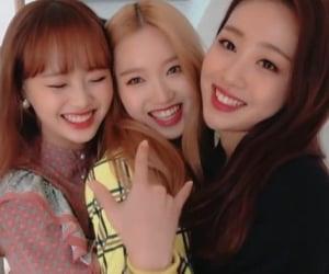 chuu, kpop, and yves image