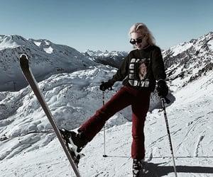 girl, heart, and Skiing image
