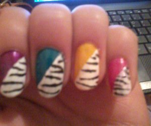 colores, cebra, and nails image