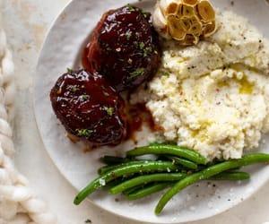 cauliflower, food, and garlic image