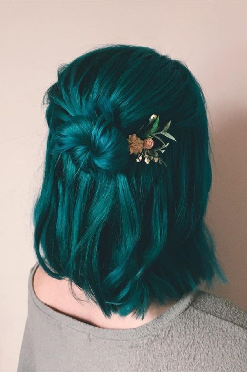 hair and green image