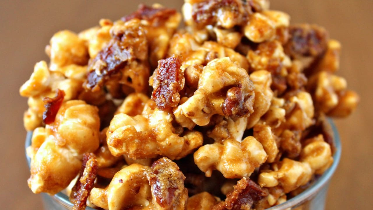 article and popcorn caramel image