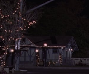 gilmore girls, night, and town image
