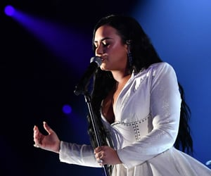 celebrity, demi lovato, and anyone image