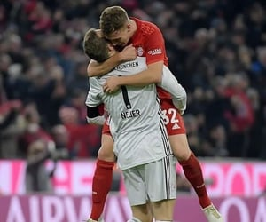 manuel neuer and joshua kimmich image