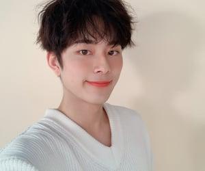 actor, korea, and yoo seonho image