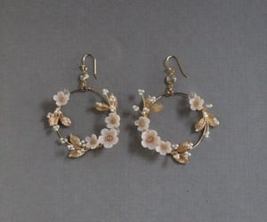 bracelet, diamond, and earrings image