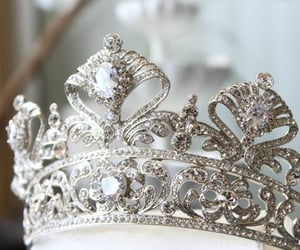 beauty and crown image