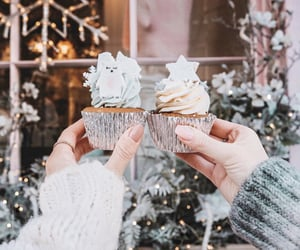 aesthetic, cupcakes, and dessert image