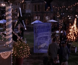 small town, stars hollow, and gilmore girls image