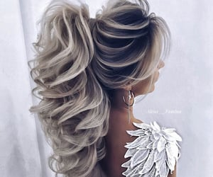 Chick, elegant, and love it image