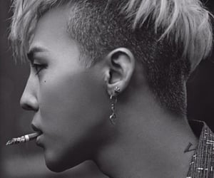 black and white, gdragon, and kpop image