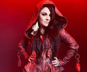 amy lee, evanescence, and the chain image