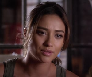 shay mitchell and emily fields image