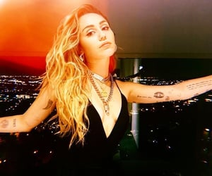beauty, mileycyrus, and love image