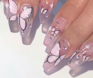 nails, pink, and butterfly image