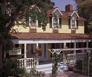 gilmore girls, house, and tv show image