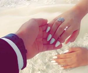 bride, hands, and nails image