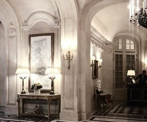 art and luxury image
