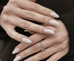 nails, classy, and Nude image