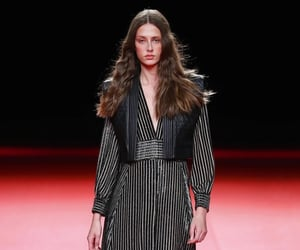 belleza, desfile, and moda image