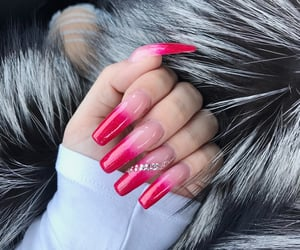 acrylics, pink, and ombrenails image