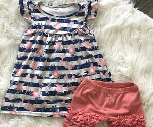 etsy, summer outfits, and summershortsoutfit image