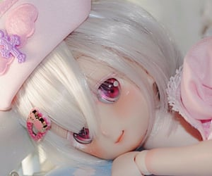 ball jointed doll, bjd, and dolls image