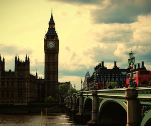 beautiful, light, and London bridge image