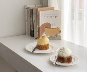 aesthetic, soft, and cupcake image