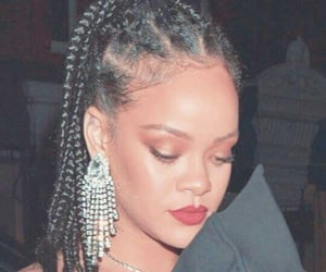rihanna, the queen, and ririlove image