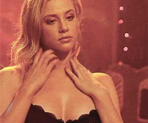 blonde, gif, and lili reinhart image