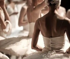 aesthetic, ballet, and dress image